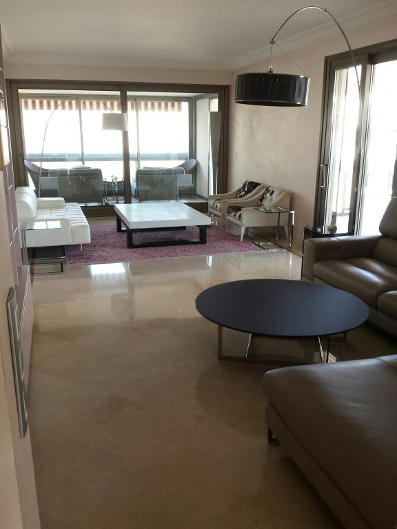 Park palace magnifique 4 5 pi ces louer appartement 4 for Chambre a louer monaco