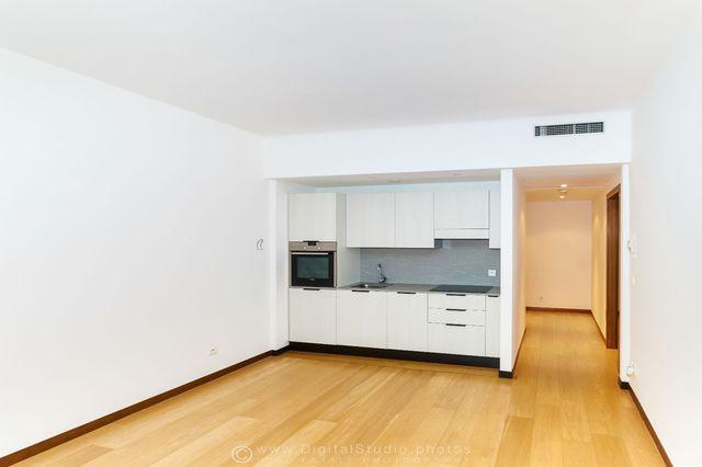 Le mirabeau appartement 2 pi ces monaco for Chambre 121 pdf