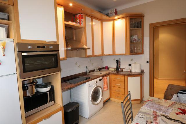 Continental appartamento monolocali monaco for Chambre 121 pdf