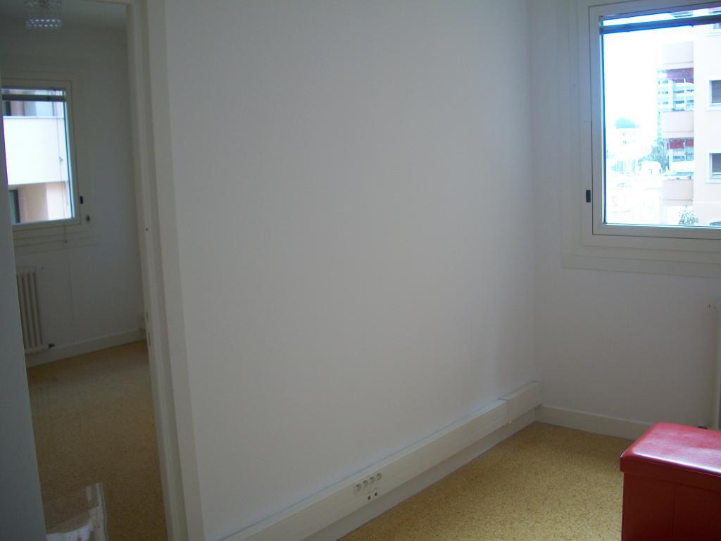 bureau a louer monaco 28 images nouveaute magnifique bureau a louer location de bureaux 224. Black Bedroom Furniture Sets. Home Design Ideas