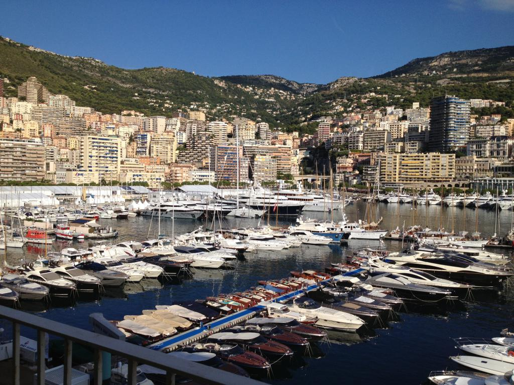 Ruscino quartier port appartement 2 pi ces monaco for Chambre immobiliere monaco