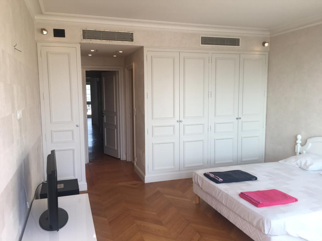 5p park palace appartement 5 pi ces monaco. Black Bedroom Furniture Sets. Home Design Ideas