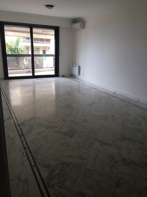 4p a louer larvotto apartment 4 rooms monaco for Chambre a louer monaco