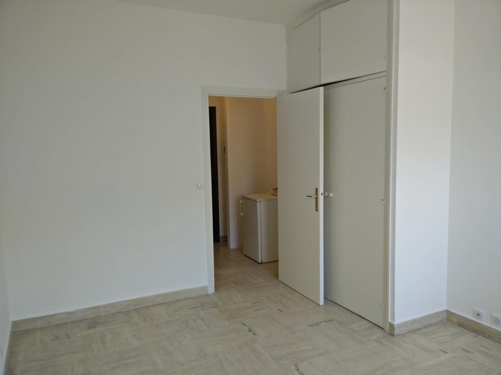 Studio usage mixte possible appartement studios monaco for Chambre immobiliere monaco