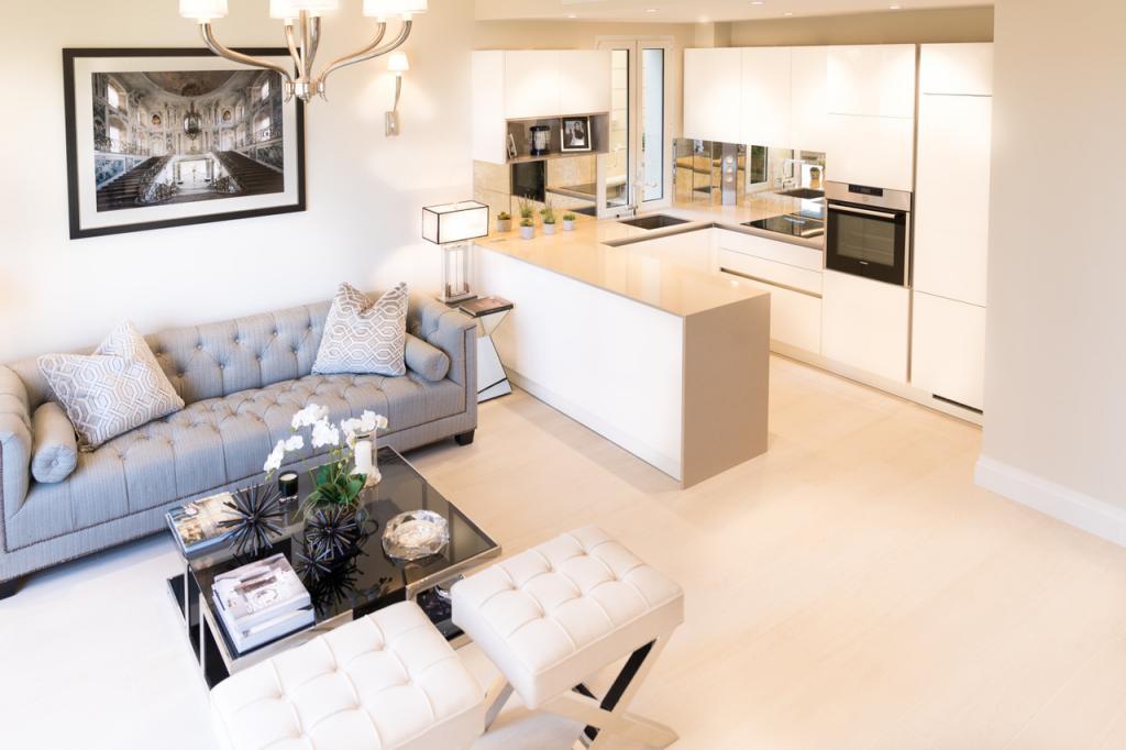 Splendido bilocale rinnovato nel centro appartamento 2 for Soggiorno a montecarlo