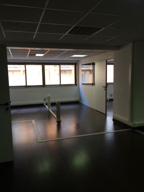 Spacieux bureaux louer la condamine office monaco for Chambre a louer monaco