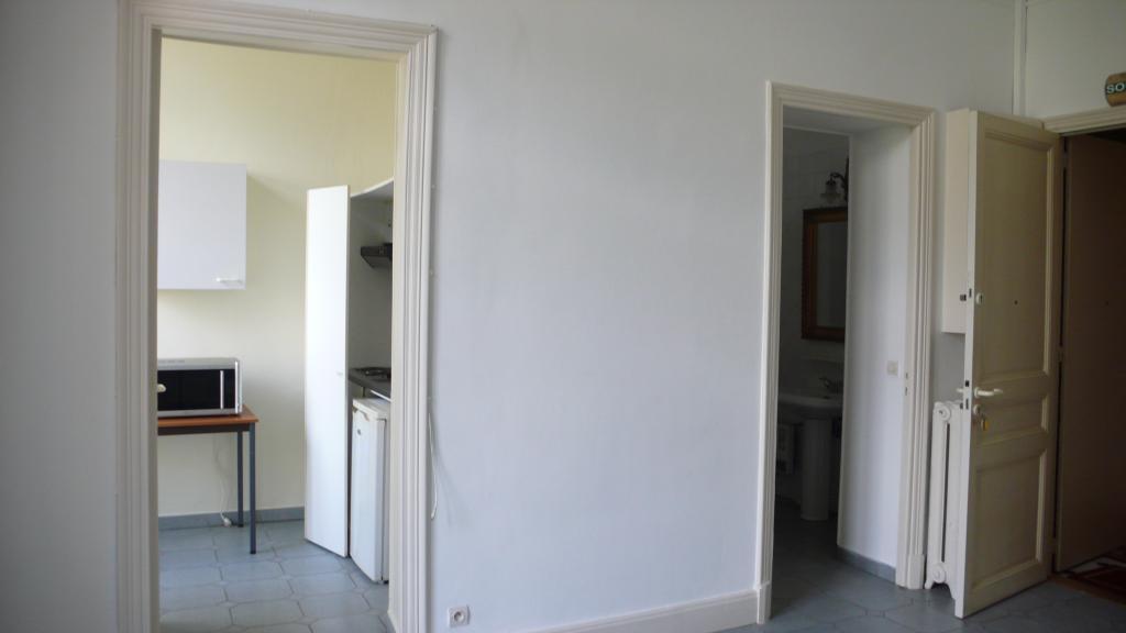 monaco palais de la scala studio appartement studios monaco. Black Bedroom Furniture Sets. Home Design Ideas