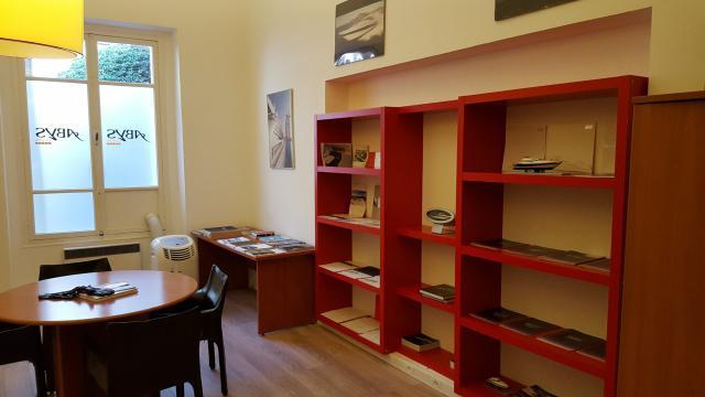 bureau central bureau studios monaco. Black Bedroom Furniture Sets. Home Design Ideas