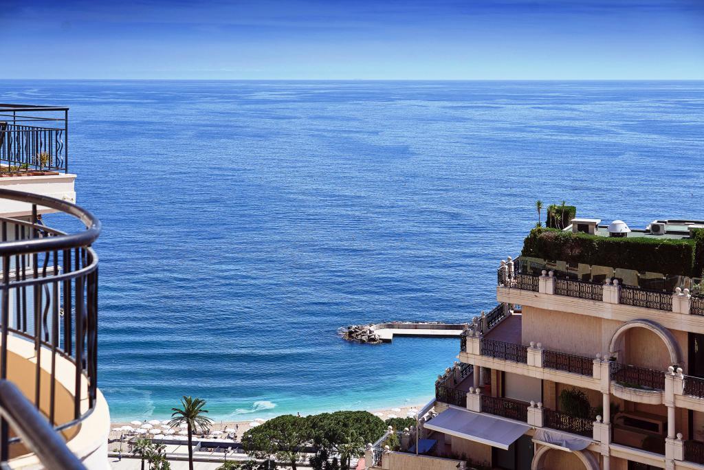Penthouse avec grande toit terrasse vue mer appartement for Terrasses en vue immobilier