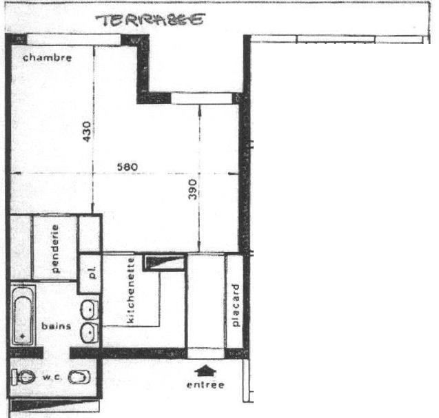 Studio en plein carre d 39 or transformable en 2p for Chambre 8 m carre