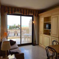 Le Castel: pretty studio, cellar + parking