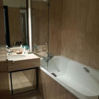 Eden Star: spacious 2 Rooms with sea/port views, cellar and car park