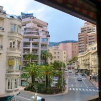 Le Montaigne - Avenue de la Madone