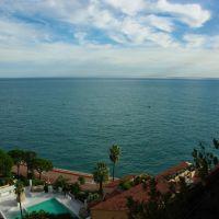 2 pièces - vue mer panoramique - parking et cave -