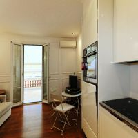 RENOVATED LUXURIOUSLY STUDIO WITH TERRACE