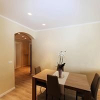 CHATEAU AMIRAL : RENOVATED  ROOMS APARTMENT