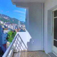 Beautiful studio, terrace offering view mountain