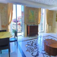 refurbished duplex of 180 sqm, 2 terraces sea view