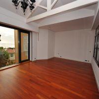 Rare, 5 rooms villa - La Rousse
