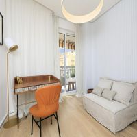 Renovated 4 rooms apartment, close Carré d'Or