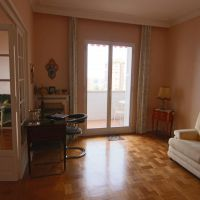 NICE BOURGEOIS 3/4 ROOMS-APARTMENT WITH SEA VIEW