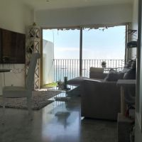 "Big 2-bedroom apartment closed to the beach and the ""Carré d'Or"""