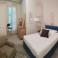 Monaco / Condamine / 3 rooms renovated