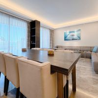 Rennovated 3 bedroom apartment