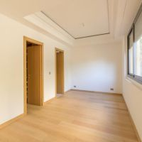 Large apartment fully renovated