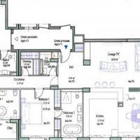4 bedroom apartment- Renovated - Sea view