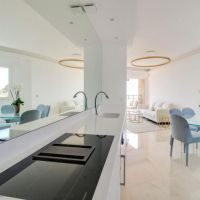 3 BEDROOM APARTMENT WITH PANORAMIC SEAVIEW