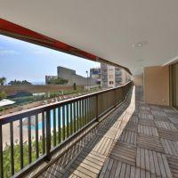 UNIQUE-GOLDEN SQUARE ! Luxurious 5/6 roomed apartment
