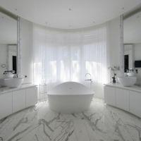 Stunning Waterfront Serviced Villa