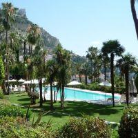 Saint Roman - Résidence avec parc et piscine