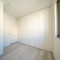 2 bedroom flat on an upper floor