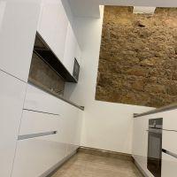 Luxury 4-room flat renovated with taste - La Rousse