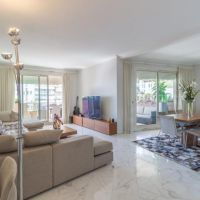 SOLD!... IN CO EXCLUSIVITY - LESS THAN 29K / m²