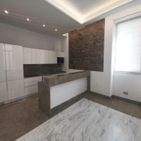 Villa Loretta - Beautiful 3 bedrooms flat completely renovated, Law 1.291
