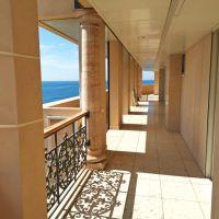SEASIDE PLAZA, sontuoso appartamento con vista mare