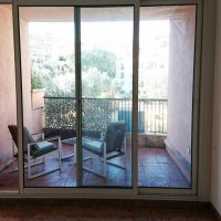 FONTVIEILLE, bright studio in perfect condition with clear view