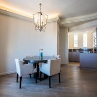 Luxurious 3 bedrooms flat-bourgeois style building