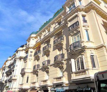 Legge 887 - La Casa Emma - Boulevard des Moulins