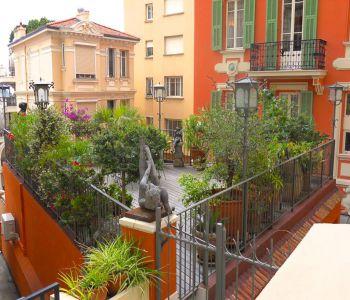 Quartier La Rousse - Descente du Larvotto