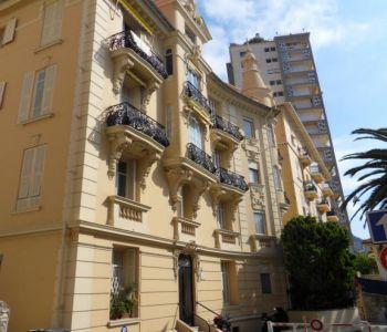 Villa Léonie - Rue du Révérend Père Frolla