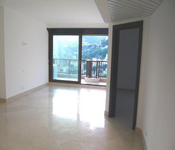 1 bedroom flat high floor