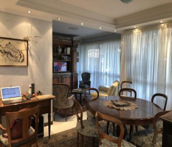 Vallespir: Beautiful and Spacious 1 Bedroom Apartment with Private Parking