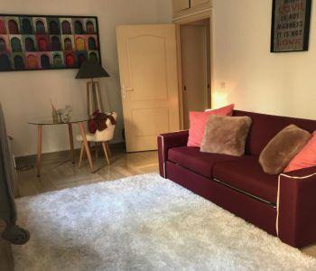 Granada: Quiet Studio Flat with View on Garden