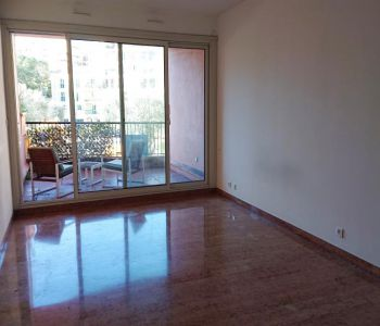 Donatello: Nice Studio Flat with Mixte Use and Cellar in Fontvieille
