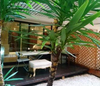 Beverly Palace: Joli studio avec Jardin privatif et cave