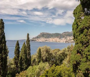Unique Villa with 10,000 sqm Park, Breathtaking View on Monaco and Private Access to the Sea